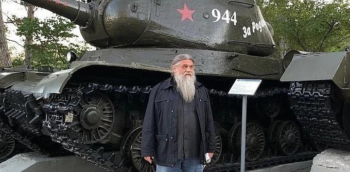 Отец Александр Шумский.jpg